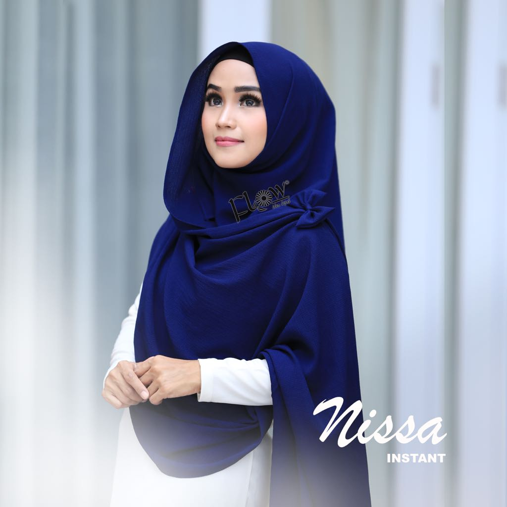 Kenakan Model Jilbab Instan Untuk Wisuda Yang Simple dan Nyaman