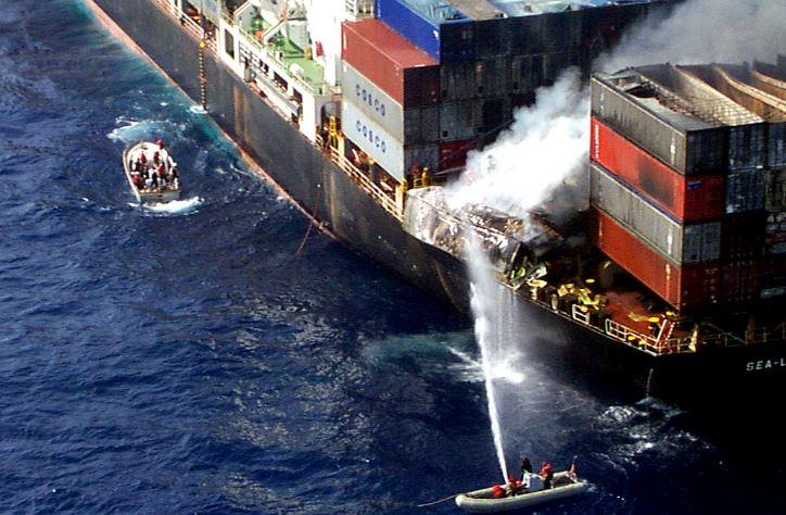 Mencegah Kebakaran di Kapal Peti Kemas
