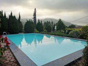 Fasilitas kolam renang villa AB4