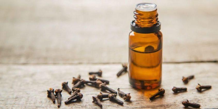 manfaat minyak cengkeh